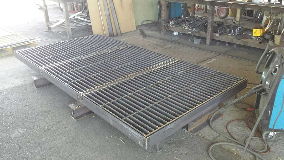 Big-Triple-Grate-with-Beams